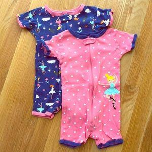 Bundle 2 pair 2T girls pajamas
